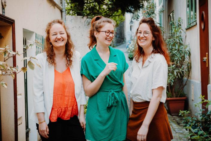 Elsa Couteiller Photographie - elsamichellelaurablanche.com - séance photos lifestyle - les soeurs R - les soeurs du 18ème - Paris (1)