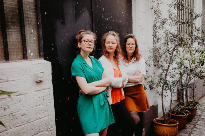 Elsa Couteiller Photographie - elsamichellelaurablanche.com - séance photos lifestyle - les soeurs R - les soeurs du 18ème - Paris (19)