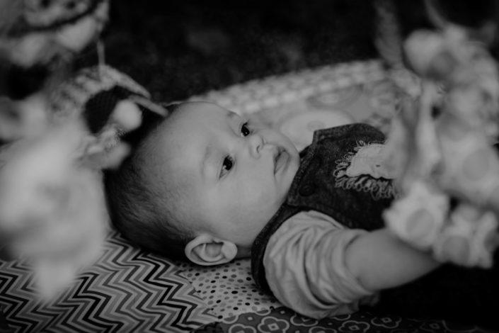 Altan - séance photos bébé à la maison - à domicile - Paris - Vincennes - Saint-Mandé - Eventhia - Nicolas - prince mongol (4)