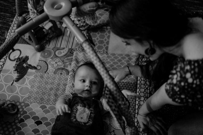 Altan - séance photos bébé à la maison - à domicile - Paris - Vincennes - Saint-Mandé - Eventhia - Nicolas - prince mongol (6)